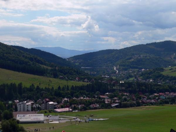 Zdjęcie z okolic Żaru Od prawej Rogacz i Suchy Wierch